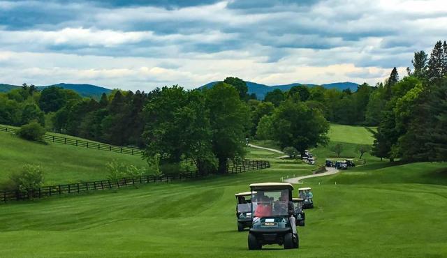 Les clubs de golf en arrachent