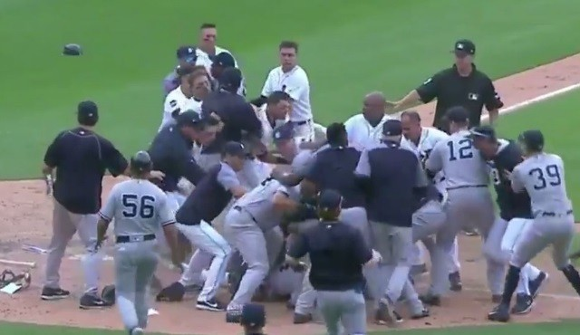 Bagarre générale entre les Yankees et les Tigers (vidéo)