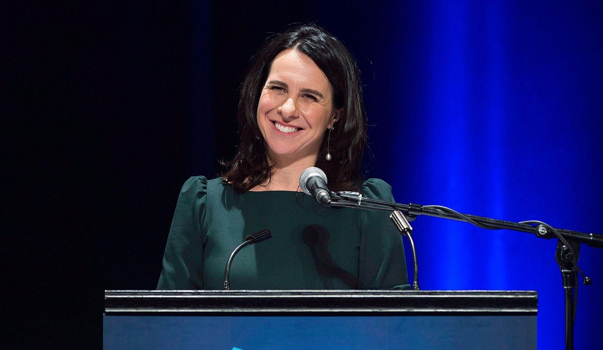 """""""Je serai le lien entre Montréal et les régions"""" - Valérie Plante"""