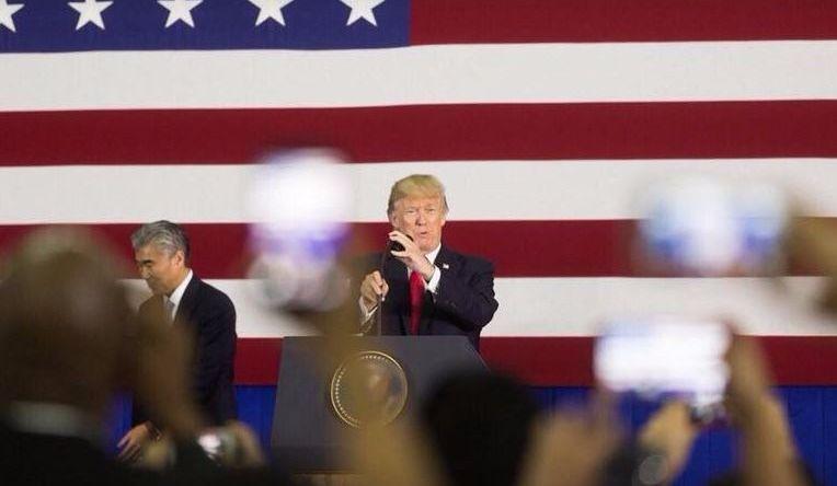 Trump délaisse le steak et se fait critiquer!