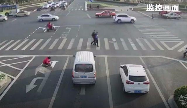 Tanné du trafic? Ce gars-là a compris.