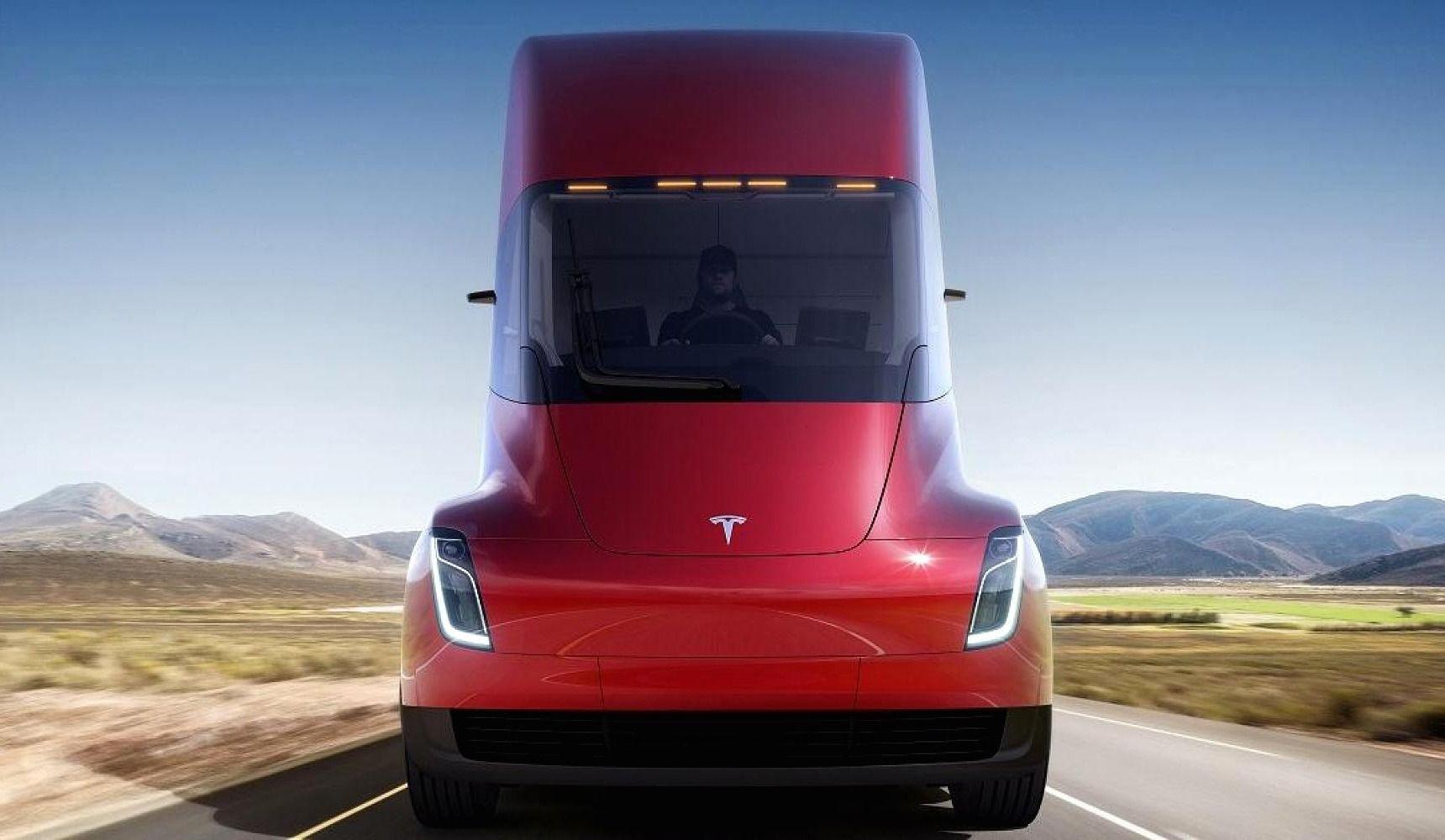 Une entreprise montréalaise commande 4 camions Tesla