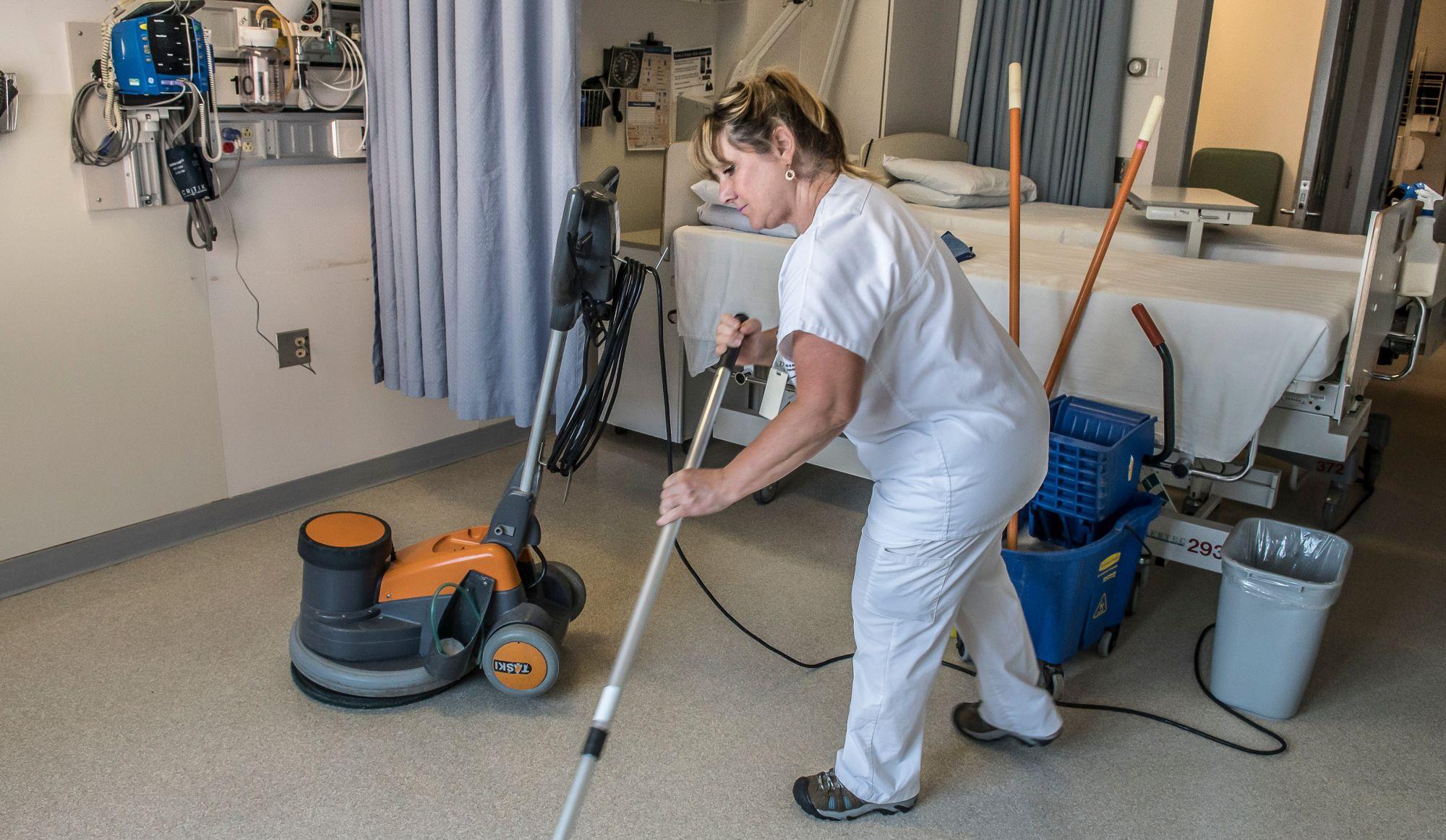 Hygiène et salubrité: compressions à l'Hôpital régional de St-Jérôme