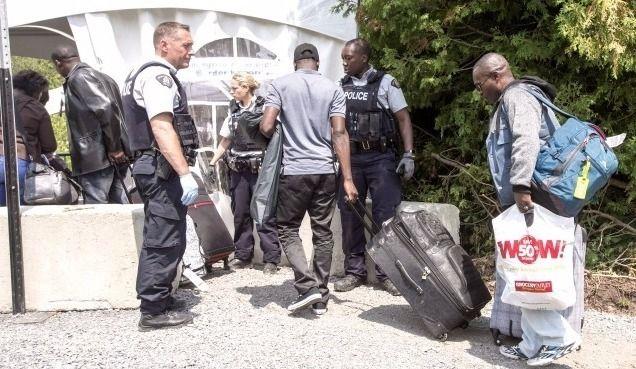Demandeurs d'asile : 50M$ en aide de dernier recours