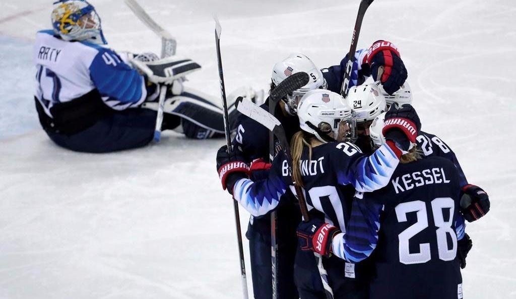 Hockey féminin: les Américaines de retour en grande finale