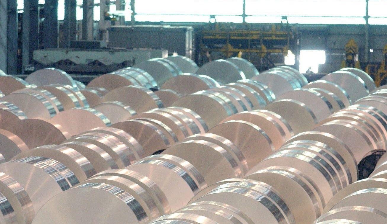 L'industrie de l'aluminium demande à Ottawa d'être ferme face à Trump