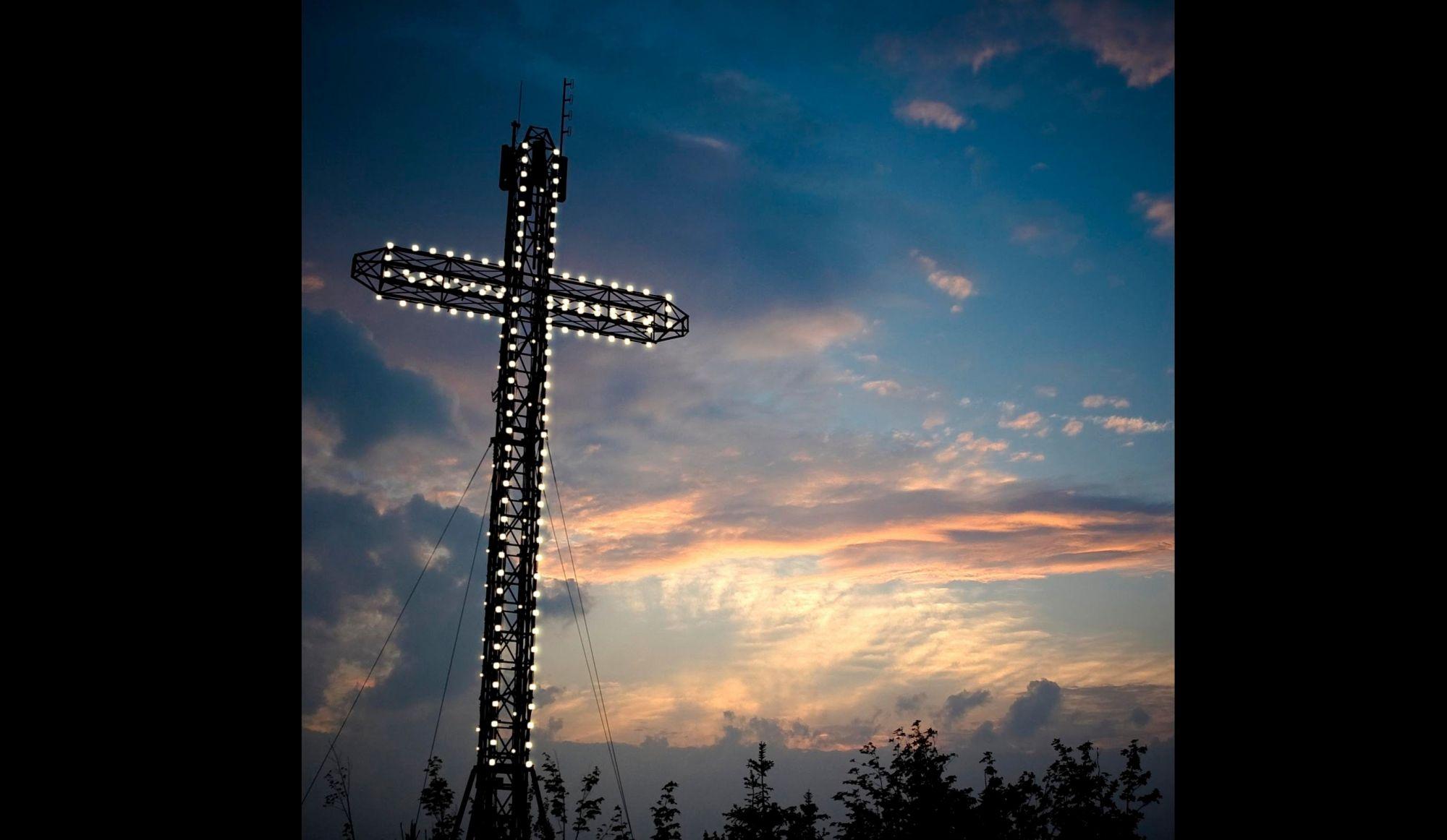 Saga de la croix à Sainte-Adèle : une troisième médiation débute officiellement