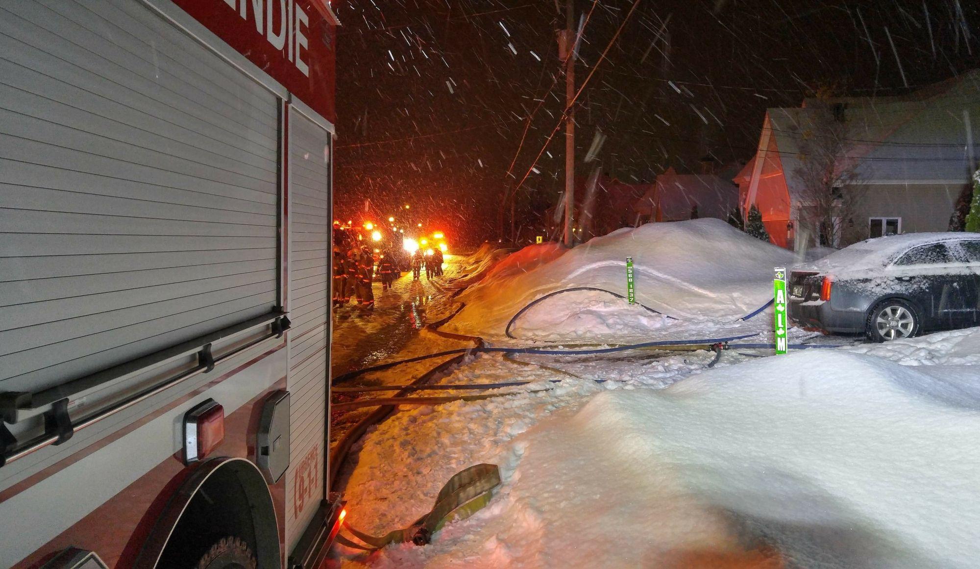 Incendie sur la rue Gariépy à Prévost