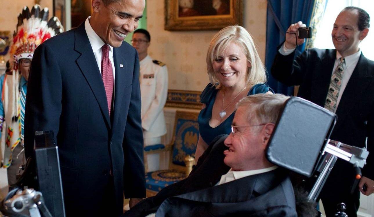 Stephen Hawking est décédé