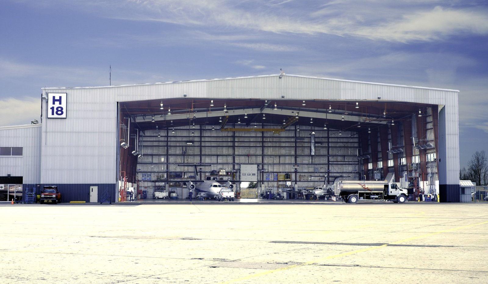 Nolinor Aviation achète le Hangar H-18 à l'aéroport de Saint-Hubert