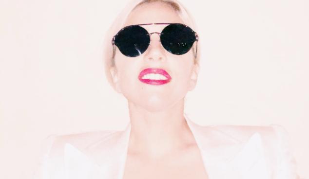Lady Gaga fête 10 ans de célébrité