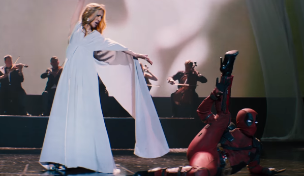 Le retour de Céline Dion avec Ashes et un clip hilarant