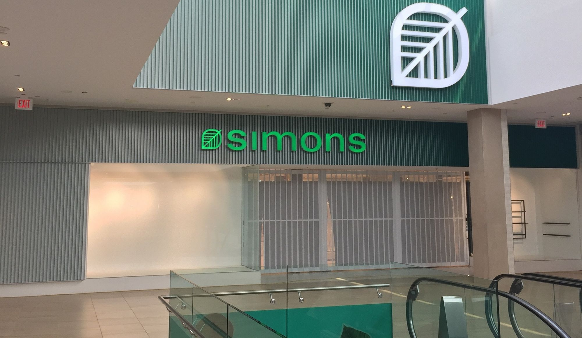 Simons is Opening in the West Island