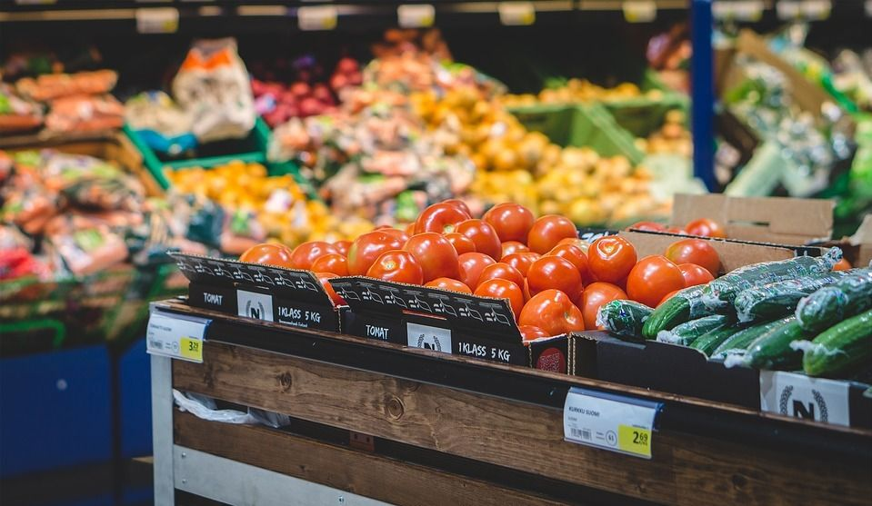 Save $100 Yearly on Groceries with this Trick