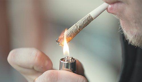 Peut-on interdire le cannabis dans les condos et les logements?