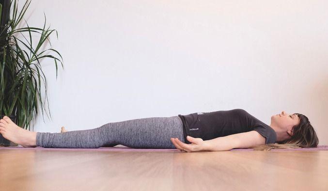 posture yoga sommeil